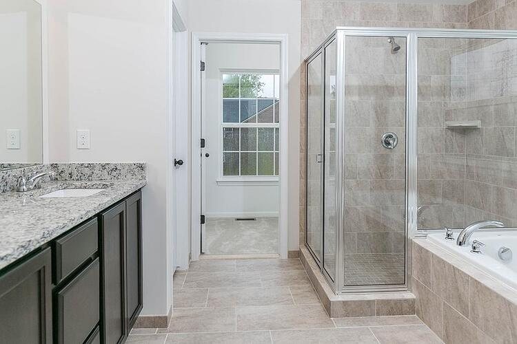 4 Bathroom Design Ideas You Will See in Canton New Homes